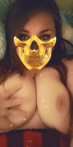 Milf du 55 fait la pute sur Snapchat